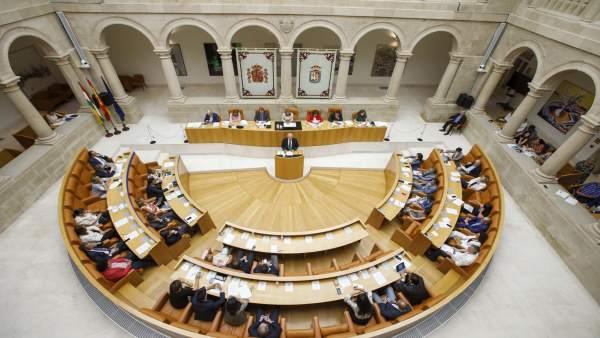 Ceniceros interviene en el Parlamento de La Rioja