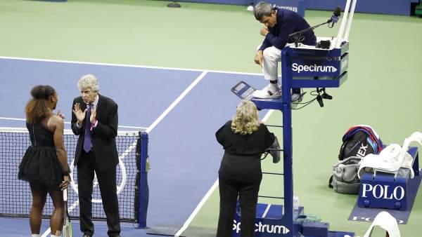 Momentos de la discusión de Serena Williams