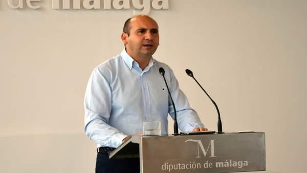 Conejo en rueda de prensa en Diputación