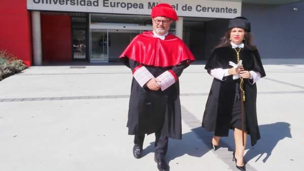 Imelda Rodríguez Escanciano y Fernando Rey