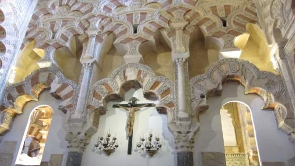 Interior de la Mezquita-Catedral de Córdoba