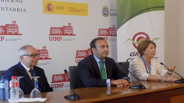 Eduardo Pastor, Asunción Redín Y Julio Sánchez Fierro En La UIMP