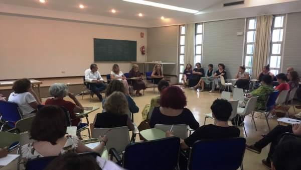 Presentan el plan para formar a profesionales en violencia de género