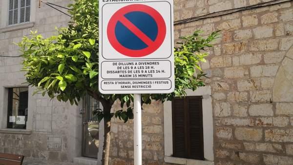 Señal de tráfico de Binissalem en catalán
