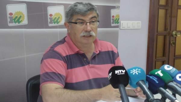 El concejal de IULV-CA en el Ayto de Huelva, Juan Manuel Arazola.