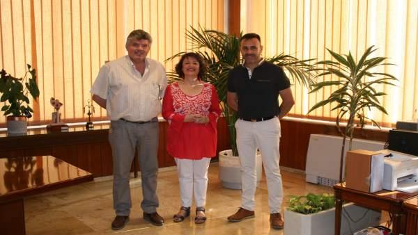 Valenzuela, durante el encuentro con los representantes de la mancomunidad