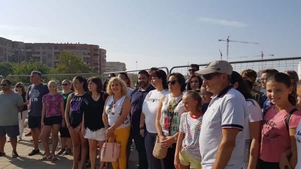 Ramos y Castro de IU en concentración de Educación en Teatinos