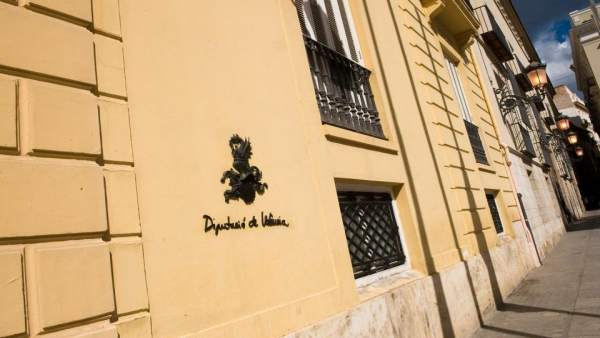 Podem vol incorporar els pressupostos de diputacions a la Generalitat