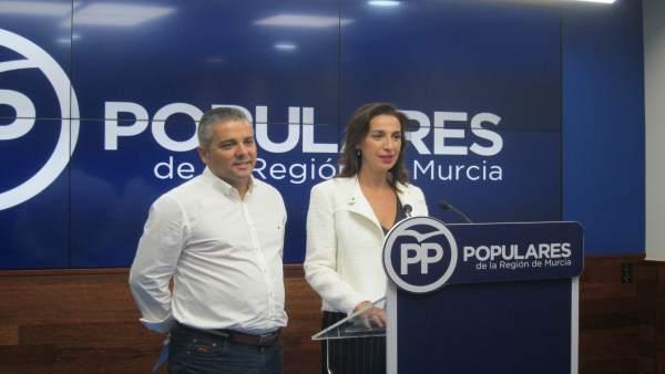 Nuria Fuentes y Jesús Cano, en rueda de prensa