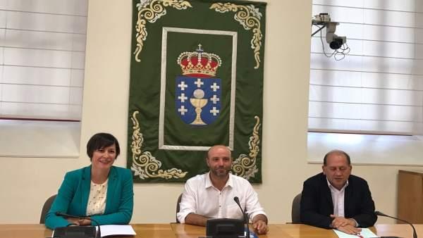 Pontón (BNG) Villares (En Marea) y Leiceaga (PSdeG)
