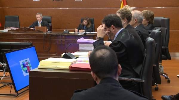 Juicio al asesino confeso de un bebé en Vitoria