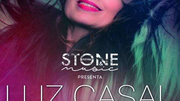 Cartel del concierto de Luz Casal en Mérida