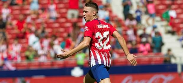El Atlético empata en casa ante el Eibar con un gol del canterano Garcés en el último suspiro