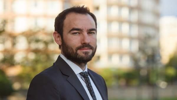 Jorge Rojo, autor de la tesis
