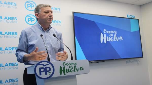 El diputado del PP Carmelo Romero