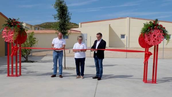 Inauguración del centro de transferencia genética porcina.