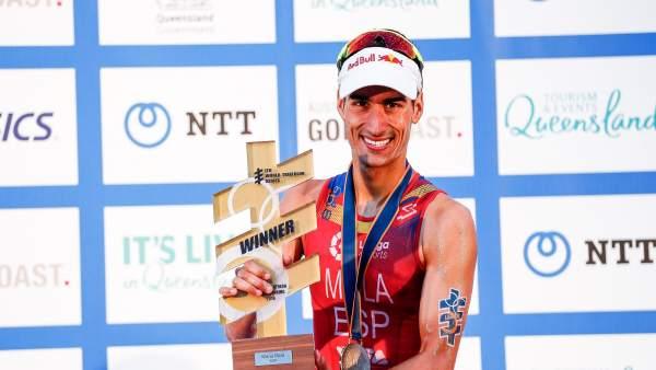 Mario Mola campeón mundo Series Mundiales triatlón