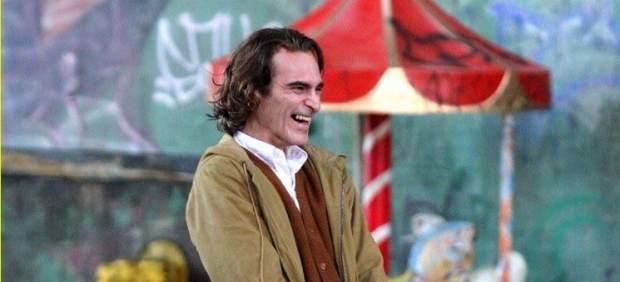 Las primeras imágenes de Joaquin Phoenix como el Joker muestran una imagen muy diferente del villano
