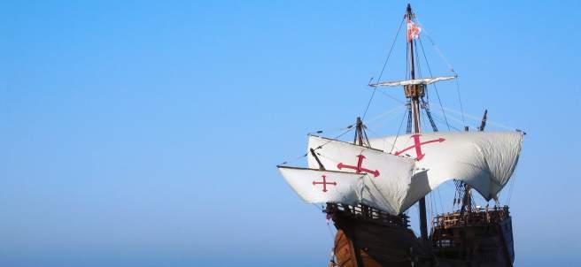 Una réplica de la nao Santa María en la Marina
