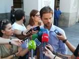 ÞÁlvaro Jaén en declaraciones a los medios este lunes en Mérida