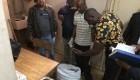 Escándalo en Kenia: hallan 12 cadáveres de bebés en cajas