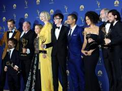 El blanco conquista la alfombra dorada de los premios Emmy