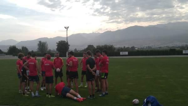 La selección nacional de rugby 7, en la Ciudad Deportiva de Diputación