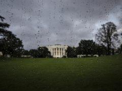 Lluvia en la Casa Blanca