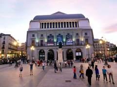 """Los actores acusan al Teatro Real de un """"delito contra los trabajadores"""" por pedir 100 voluntarios para 'Idomeneo'"""