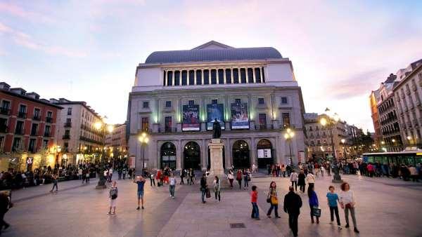 Vistas del Teatro Real de Madrid.