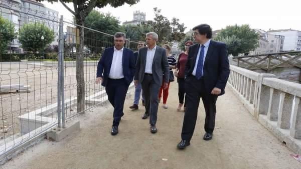 Alfonso Rueda visita obras en Redondela