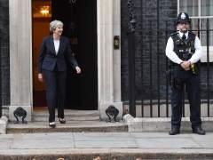 Recomiendan a May acabar con la libre circulación tras el 'brexit'