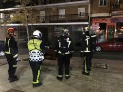Cuatro mujeres atendidas tras un incendio en una galería comercial de Madrid