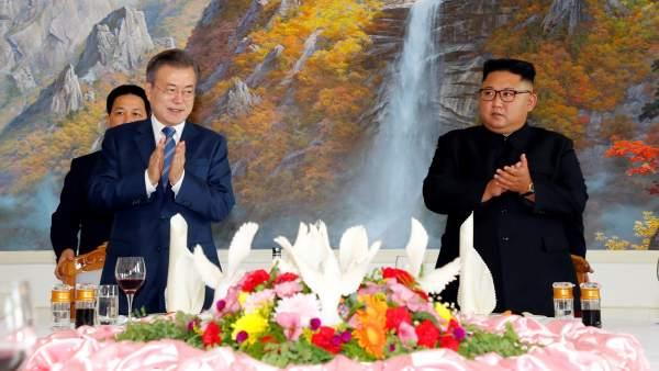 Moon Jae-in y  Kim Jong-un