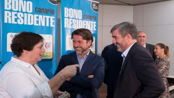 Rueda De Prensa Para La Presentación Del Bono Transporte Para Residentes En Isla