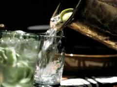 Campaña de la OCU para pedir a bares y restaurantes que ofrezcan gratis jarras con agua del grifo