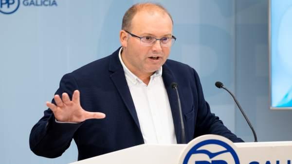 El secretario xeral del PPdeG, Miguel Tellado, en rueda de prensa
