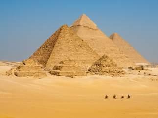 PIRÁMIDES DE GIZA (EGIPTO)