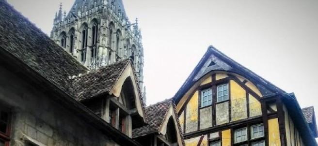 Iglesia de Saint-Romain (Francia)