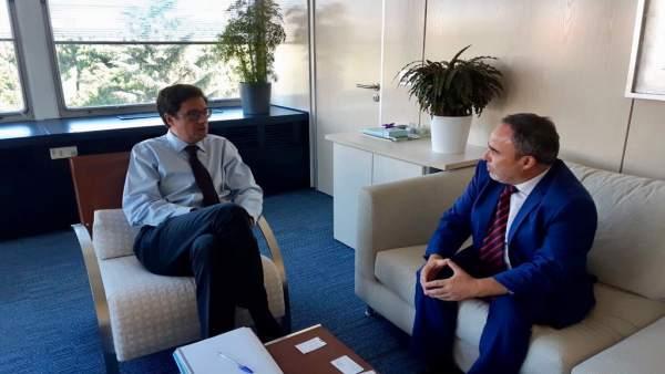 Reunión del director general de Turismo en su reunión en Madrid con Óscar López