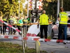 Mueren cuatro niños tras golpear un tren la bicicleta en la que iban