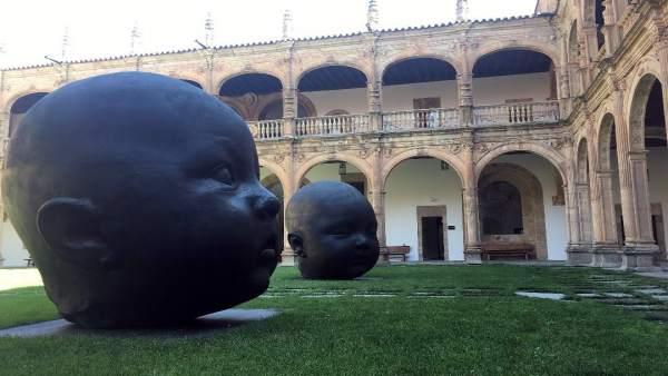 Carmen Dormida y Carmen Despierta en el patio Fonseca 20-9-2018