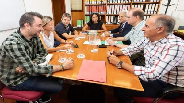 Reunión con los vecinos de Valdespartera para prevenir afecciones en las fiestas