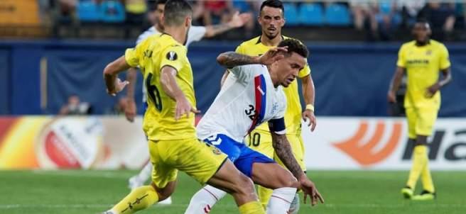 Víctor Ruiz, en el encuentro entre Villarreal y Rangers.