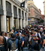 Colas para comprar el iPhone XS en Madrid