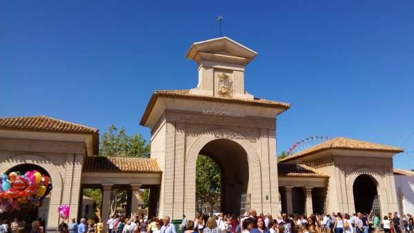 Feria de Albacete, recinto ferial, puerta de hierros, sartén