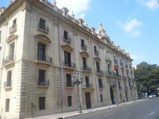 Prisión provisional sin fianza para la mujer que asestó 15 puñaladas a su pareja en Castellón