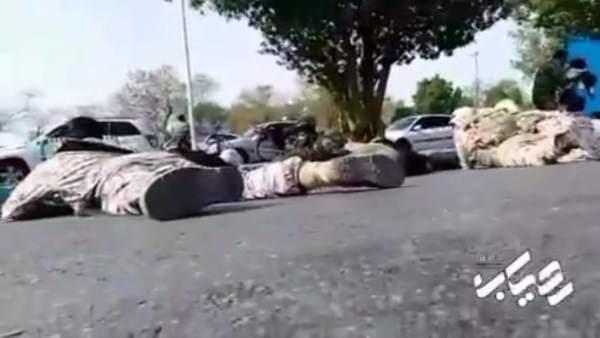 Al menos 8 muertos y en un ataque contra un desfile en Irán