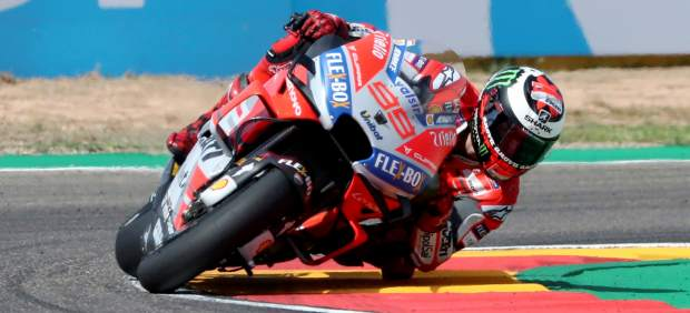 Lorenzo y Ducati dejan sin pole a Márquez en el Motorland de Aragón