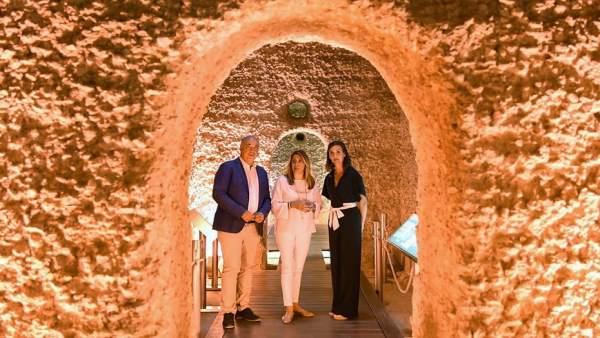 Susana Díaz visita las cisternas romanas de Monturque (Córdoba)